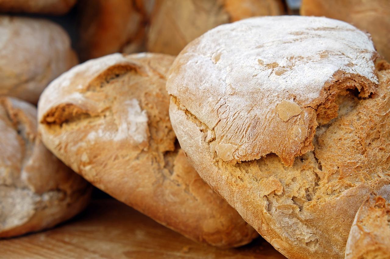 Razowy chleb żytni