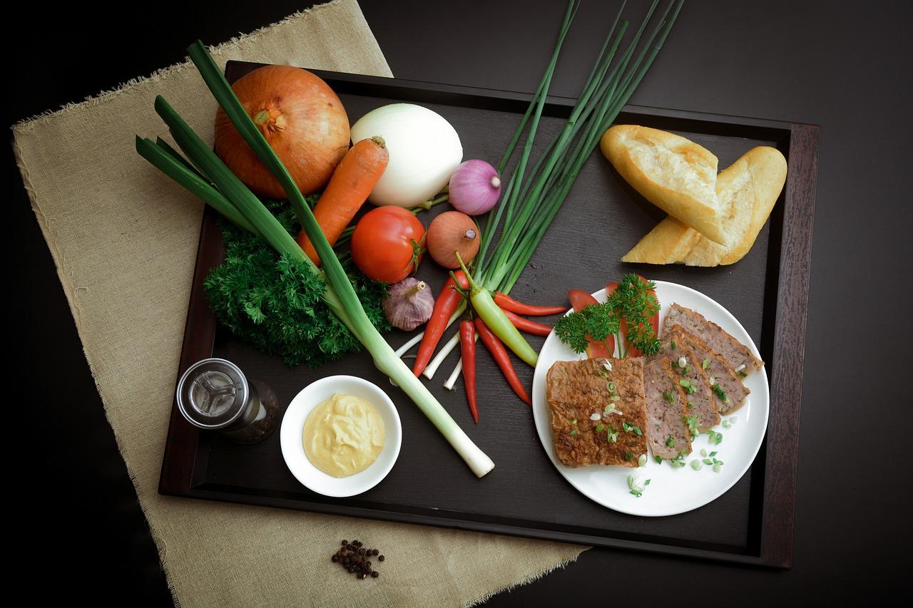 Przepis na aromatyczny pasztet z pieczonych warzyw