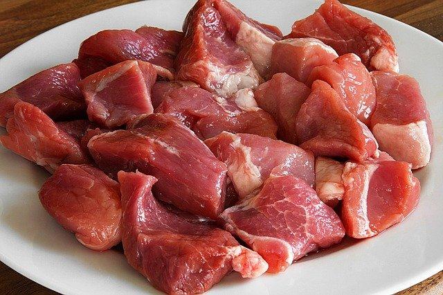 Przepis na szybki gulasz z dodatkiem przyprawy do wieprzowiny