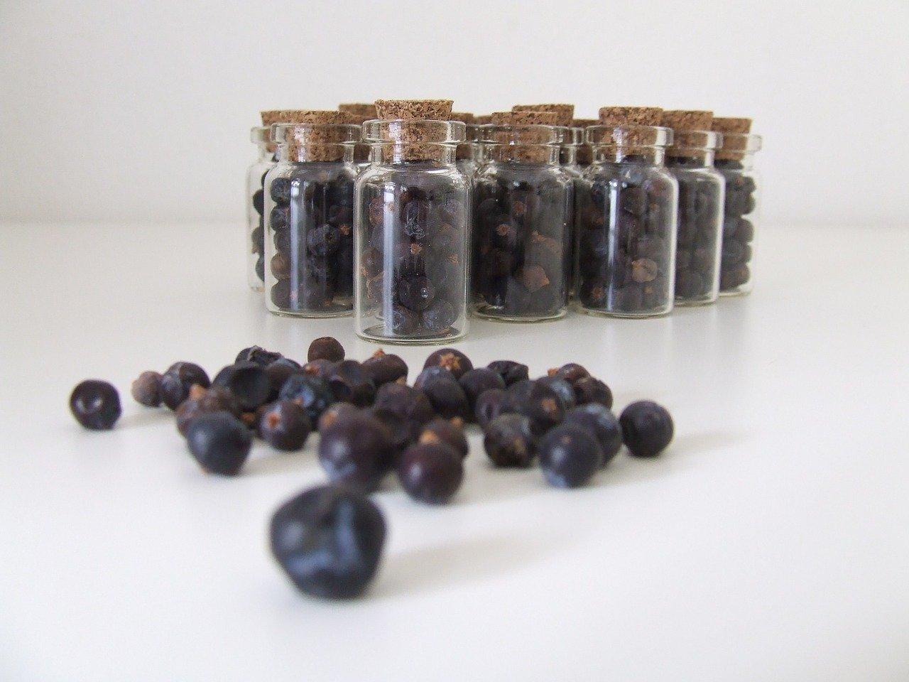 Sok z jagód jałowca