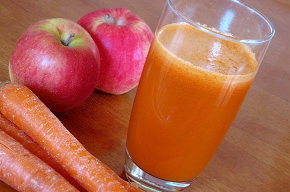 Przepis na koktajl marchewkowo-jabłkowo-pomarańczowy
