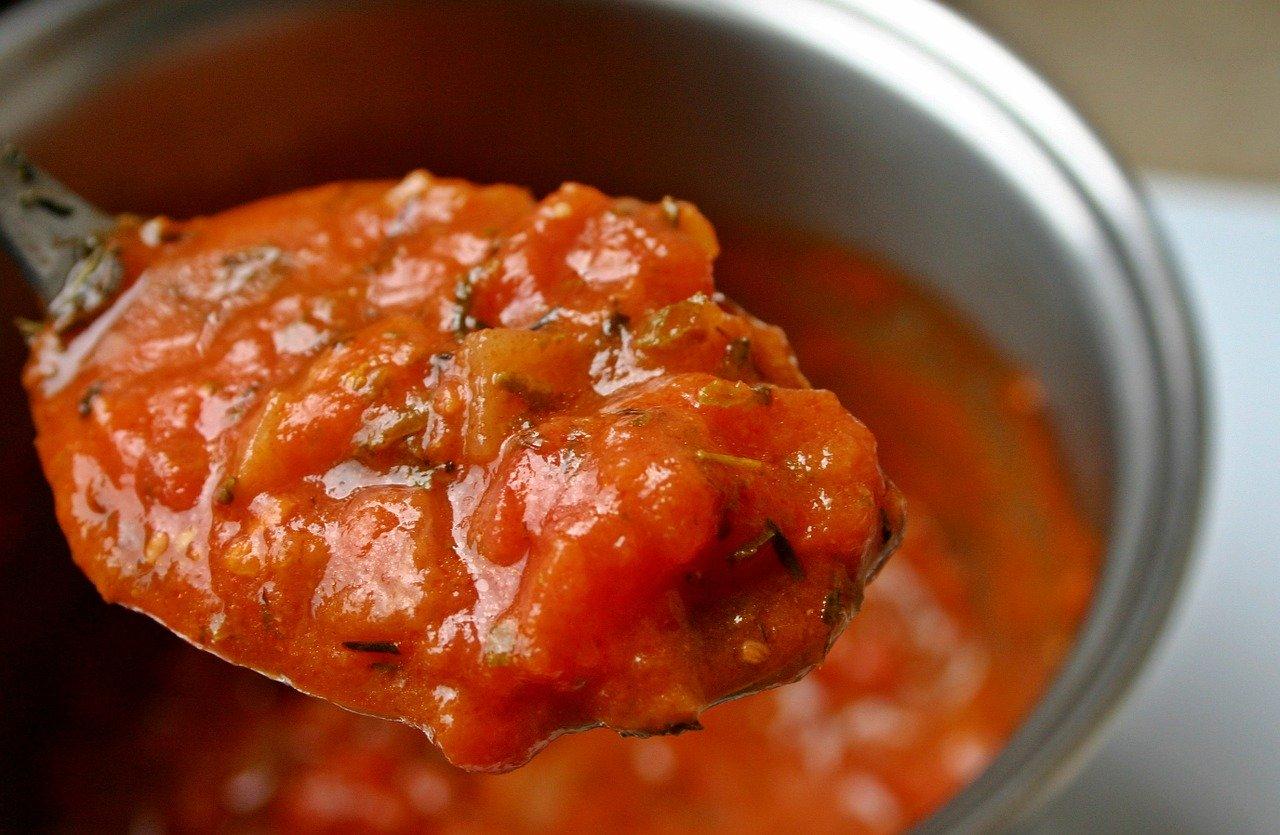 Sos ziołowo-pomidorowy
