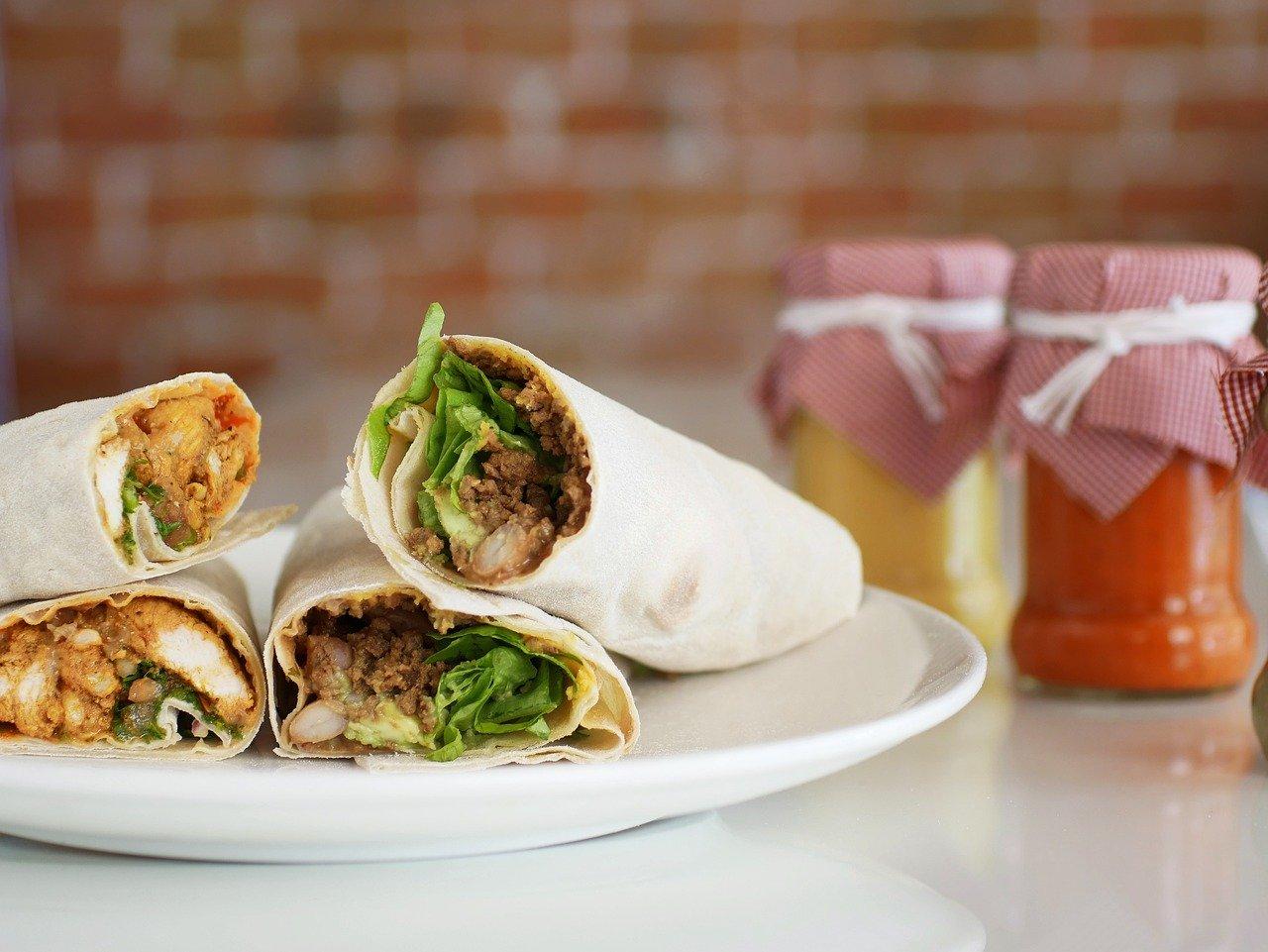 Domowy kebab z dodatkiem aromatycznych przypraw