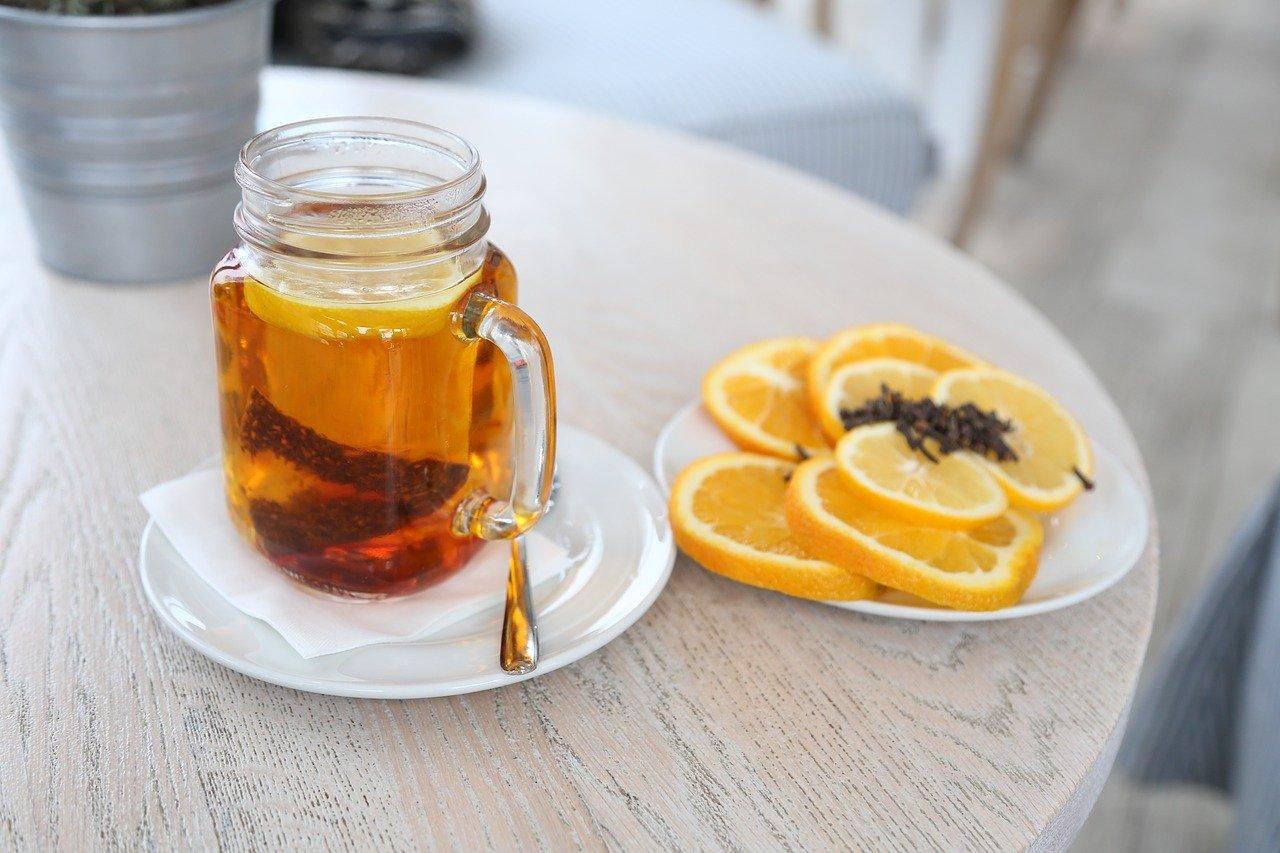 Rozgrzewający napój z dodatkiem aromatycznego cynamonu